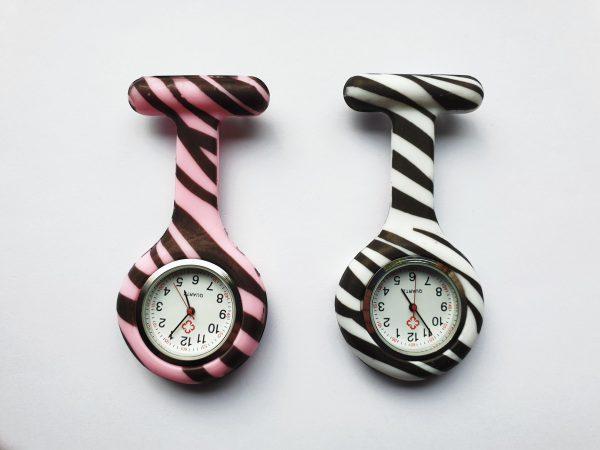 Verpleegkundig horloge met zebra print kopen